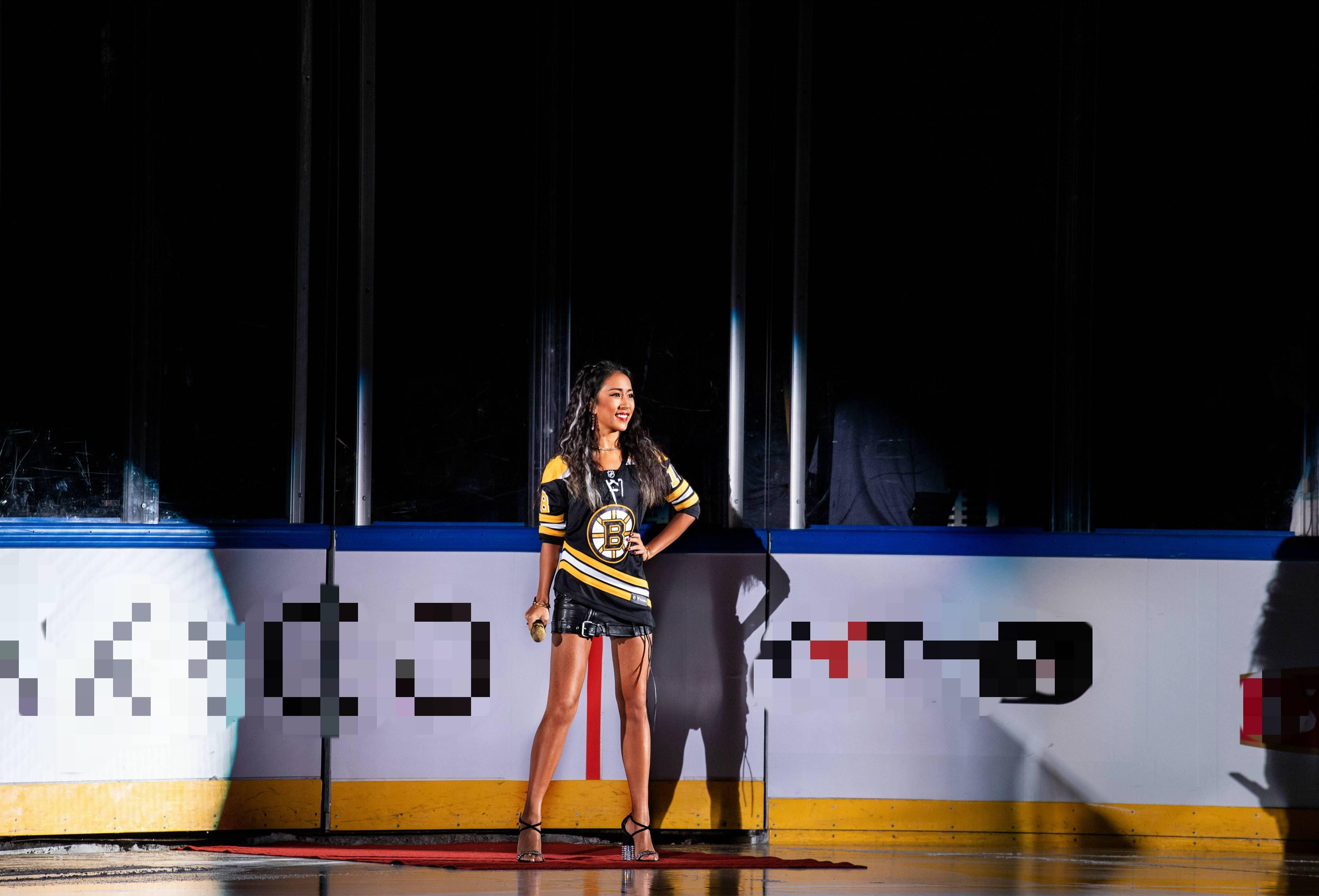 """吉克隽逸领唱NHL中国赛北京站  与聂远张铭恩同场""""竞技"""""""