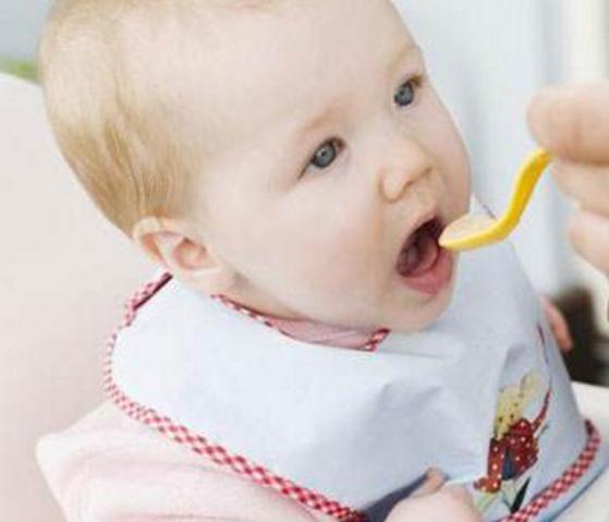 宝宝多大 开始辅食呢?