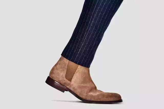 不假思索的�y.bz(_因此,小编不假思索的给大家推荐:切尔西靴 !