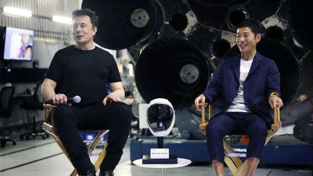 放弃上大学去创业,今成日版的马云,豪车无数还花17亿去月球旅行