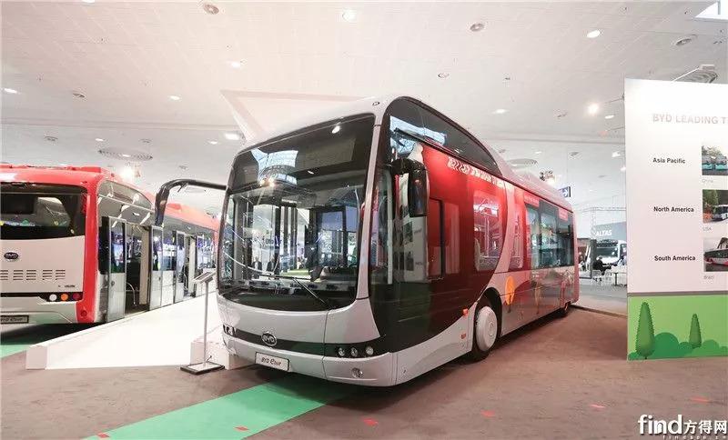 """新技术新闻:很多黑技术""""祝福""""!中国第一辆高度""""模块化""""的纯电动公交车在世界范围内启动"""