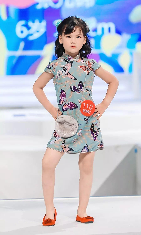 北京模特宺i�_赛事实况:七色风儿童模特balabala2018ikmc国际少儿模特大赛全国总