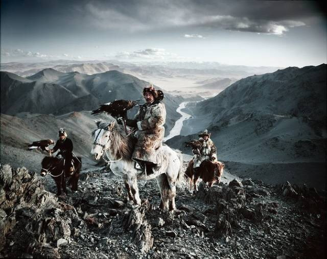 真实记录蒙古国查腾族人的生活(图)