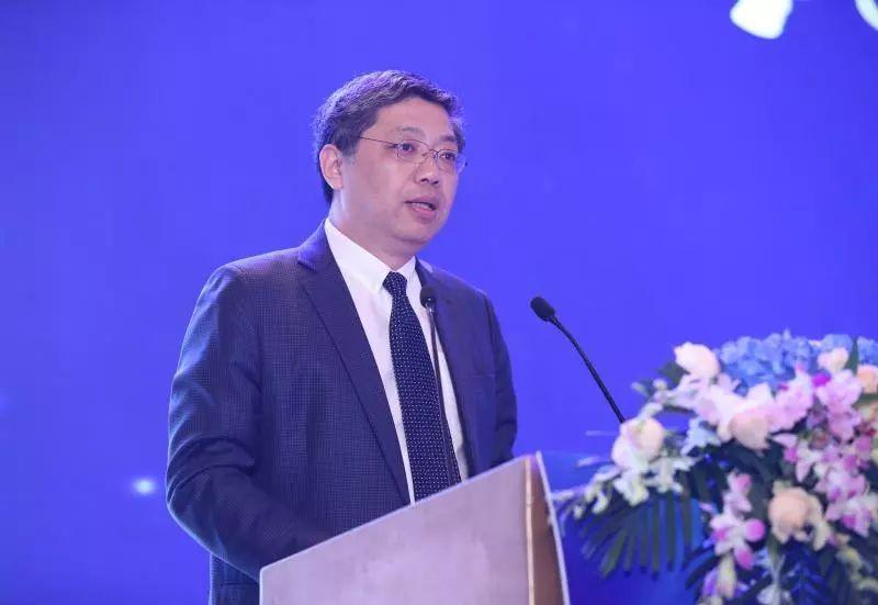 巴曙松:香港作为开放的国际金融市场,与全球流动性密切相连