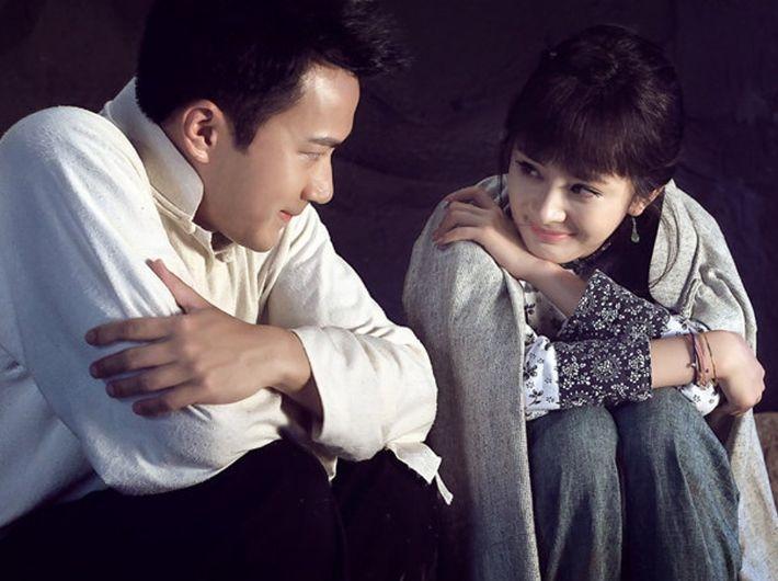 刘恺威方面回应离婚爆料,称 礼貌配合而已 ,杨幂为何没发声