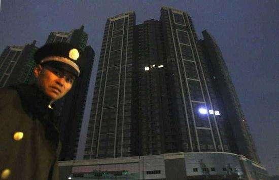 中国房屋空置率快30% 为何房价跌下不来?