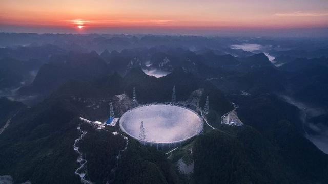 射电望远镜为什么能观测遥远的星星?