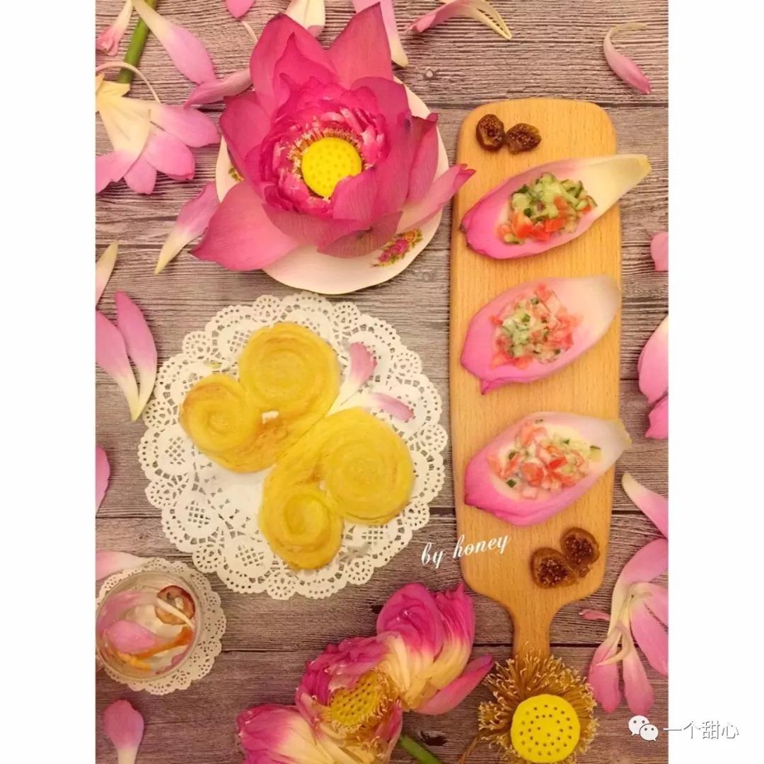蝴蝶酥+牛油果酱沙拉图片