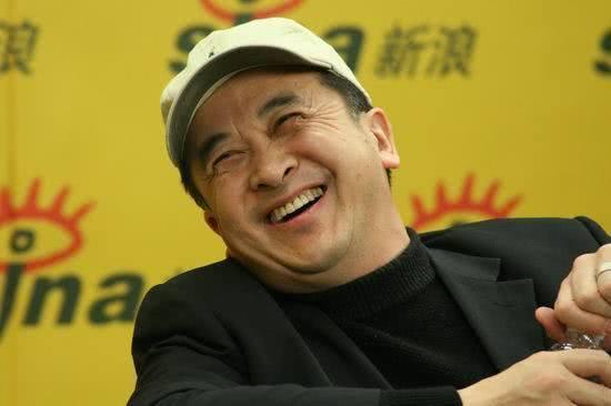 被免职八一厂厂长58岁的黄宏,如今风光不再,心情糟糕?
