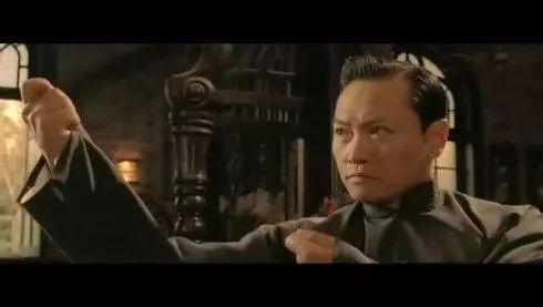 陈之辉在《叶问》中扮演廖师傅图片