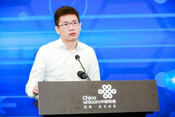 """百度华为联通三方合体""""路演"""" 5G网络为自动驾驶中国速"""