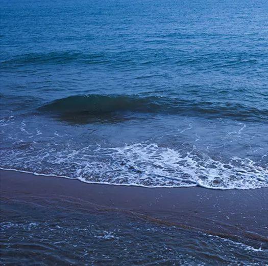忧郁暗调大海调色技法,非常流行的蓝调LR预设