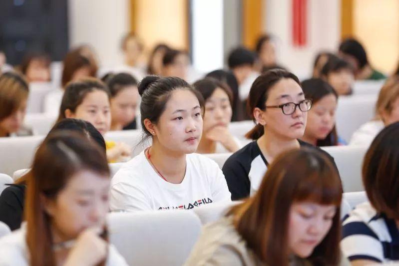 英语学习平台 雅思ielts培训学习 成都雅思培训班 雅思培训机构