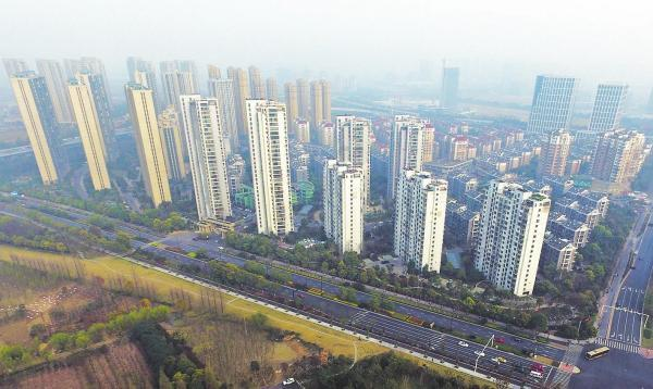 杭州半年楼市众生相:全民摇号潮水退去,中签者开始担心套牢