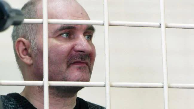 男子偷了29具孩子尸体做成娃娃放在卧室,其父母竟一直没发觉