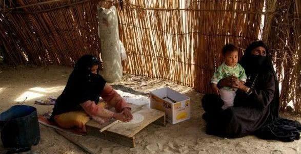 沙漠中生活着一个五口之家 几十里荒无人烟他们仍然生活了半年之久