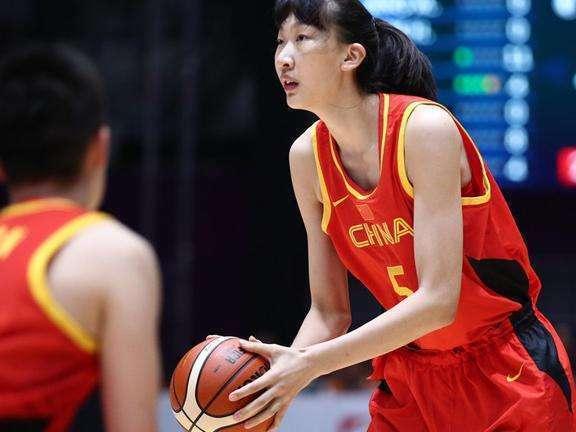 邓超加入中国女篮遭众将无情拒绝 热点 热图6