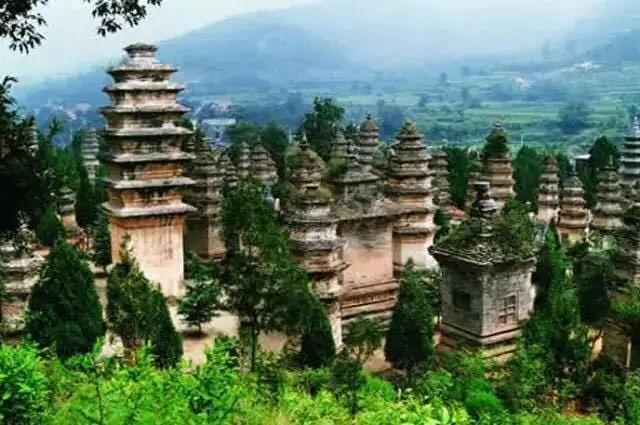 中国最大的坟地竟然都是和尚 和尚去世后下葬的地方为什么叫塔
