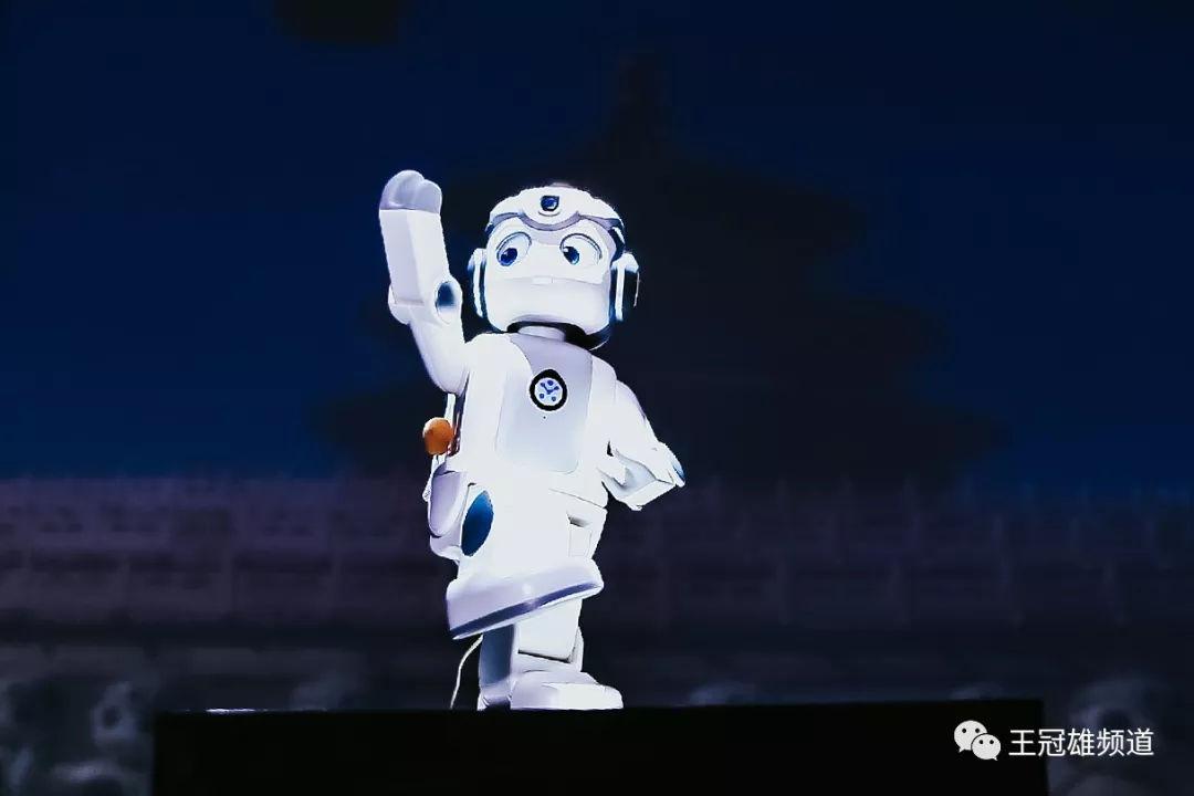 """从优必选新品""""悟空""""说起:人工智能时代如何成为主角?"""