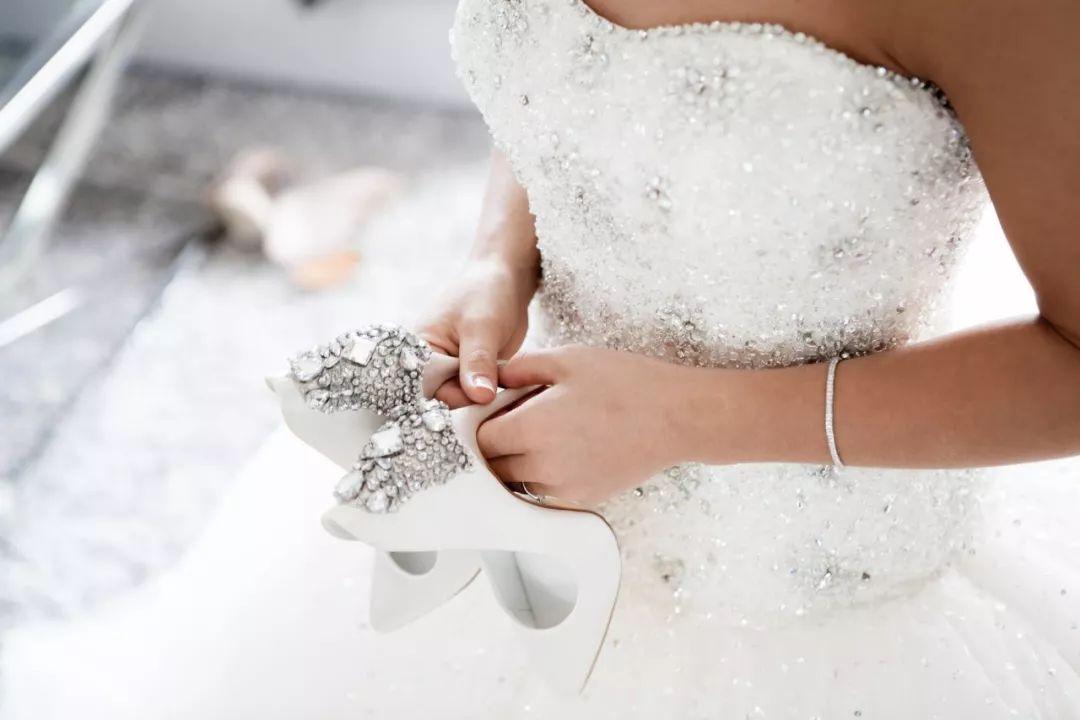 婚礼上我竟弄错了新娘!