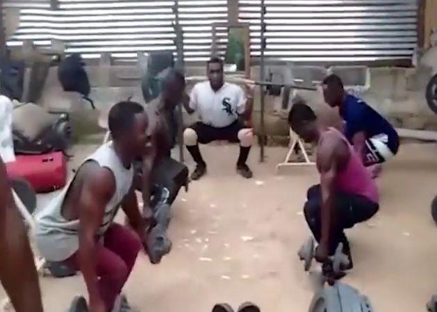 非洲最著名的肌肉村,即使餓肚子也要健身!但背后的原因讓人鼻酸