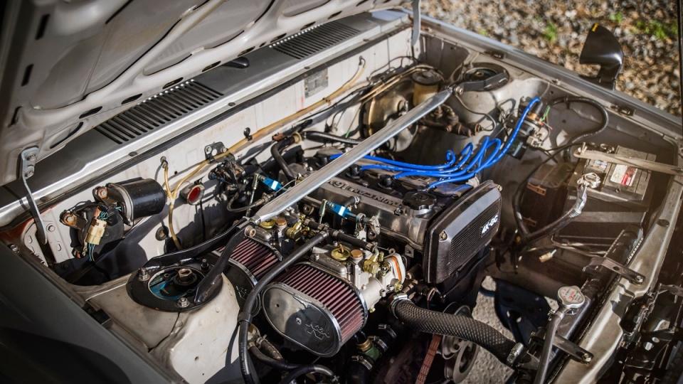 他把AE86的发动机移植到一台花冠里结果变成了这样_云南快乐十分