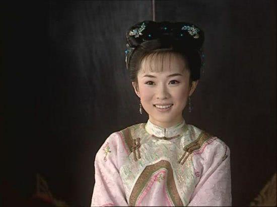 少年天子董鄂妃_她是《少年天子》中的董鄂妃乌云珠,文思泉涌,貌美如花,痴情于皇上.