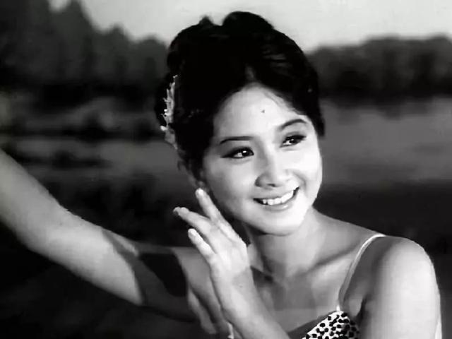 68岁TVB老戏骨被爆姐弟恋12年 男友两度求婚被拒 对再婚有阴影