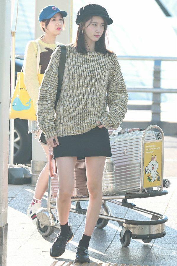 林允儿是韩国第一美?这罗圈腿算是把她给毁了!
