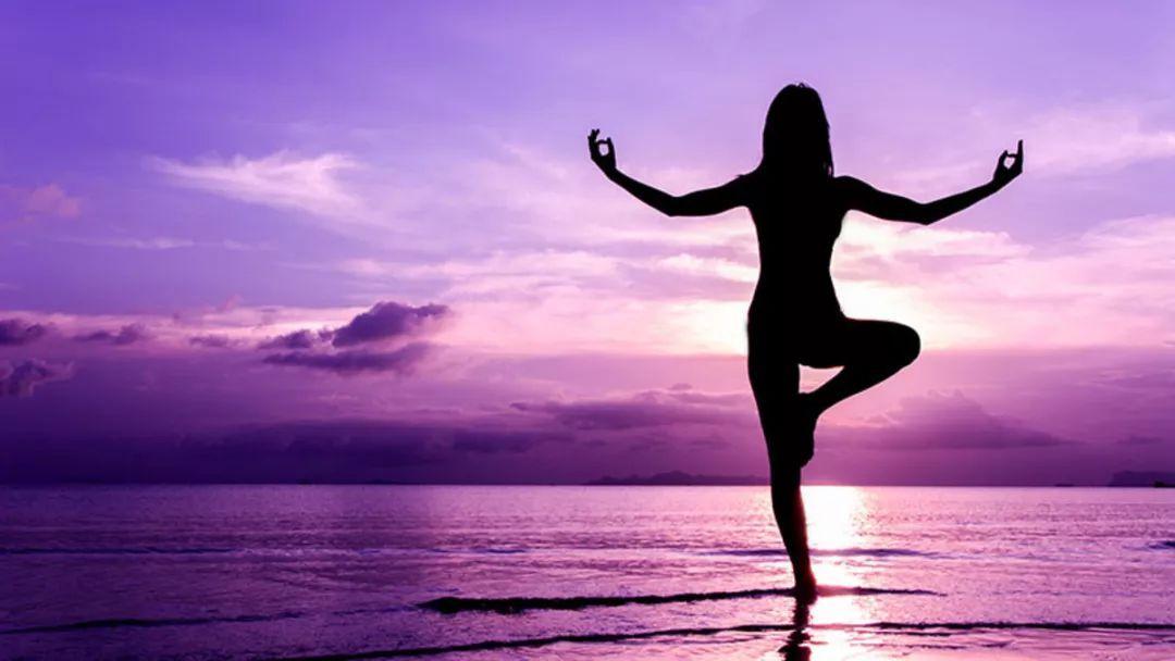 十一出去浪,這才是拍瑜伽照的正確打開方式圖片