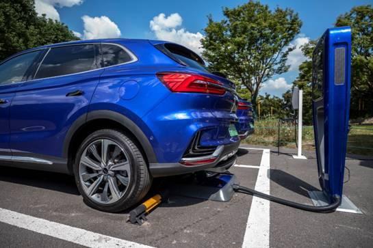 为什么说荣威是最应该造高端纯电动汽车的自主品牌?_广东快乐十