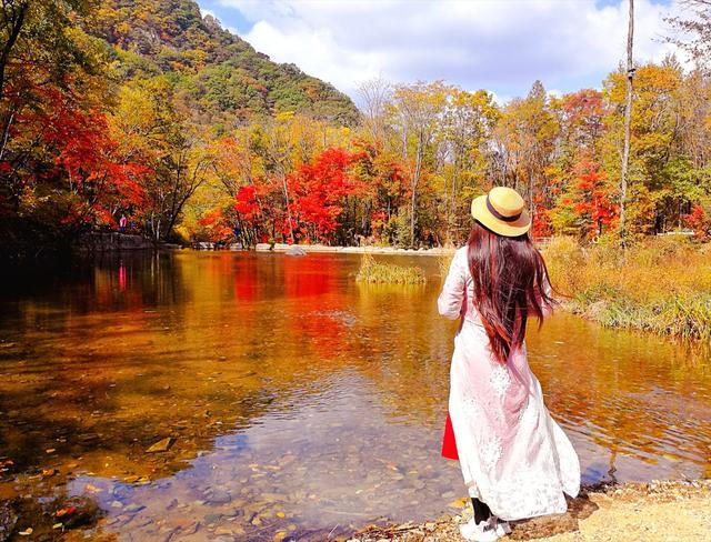 遼寧最美賞楓葉的地方就在老邊溝,廣東人的攝影師最喜歡來這里