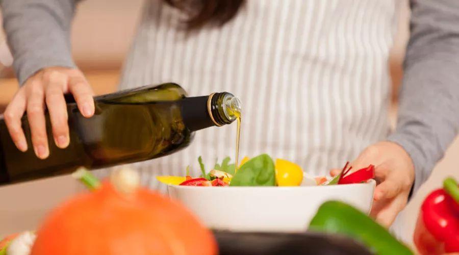 實用!18 個超簡單的烹飪小知識,讓你的飯菜更可口