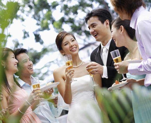 生娃是家事也是國事, 為什麼中國年輕一代都「晚婚晚育」