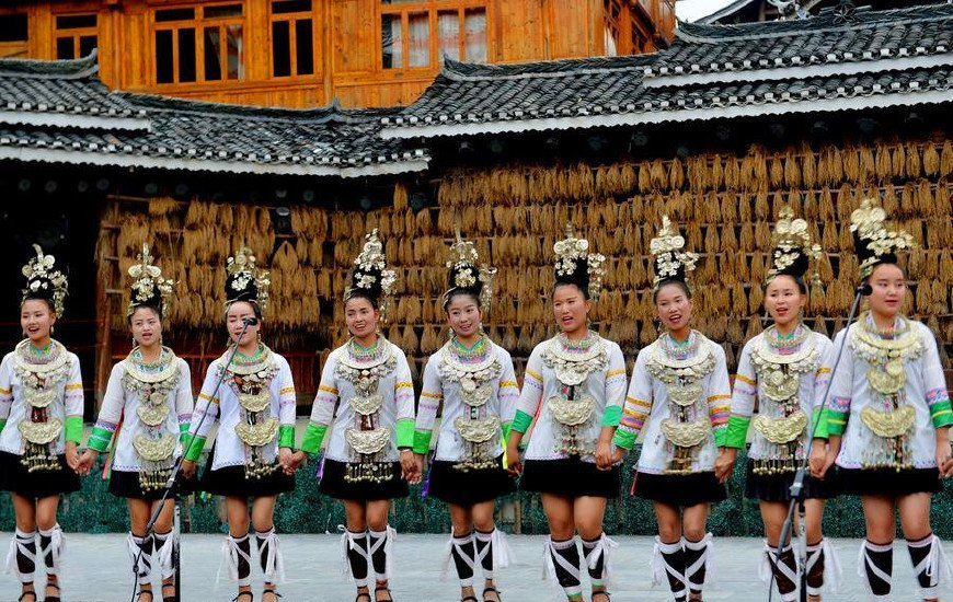 贵州深山一座800年古寨,千户原住民不想搬走,比千户苗寨更有味