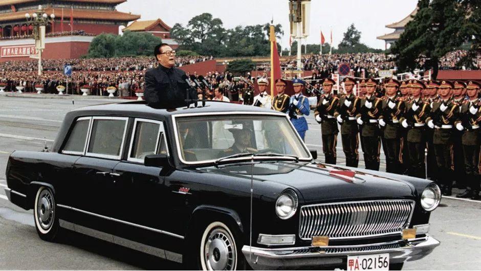 av69ce_共和国迎来69周年华诞,祝愿祖国在新时代的发展中快马