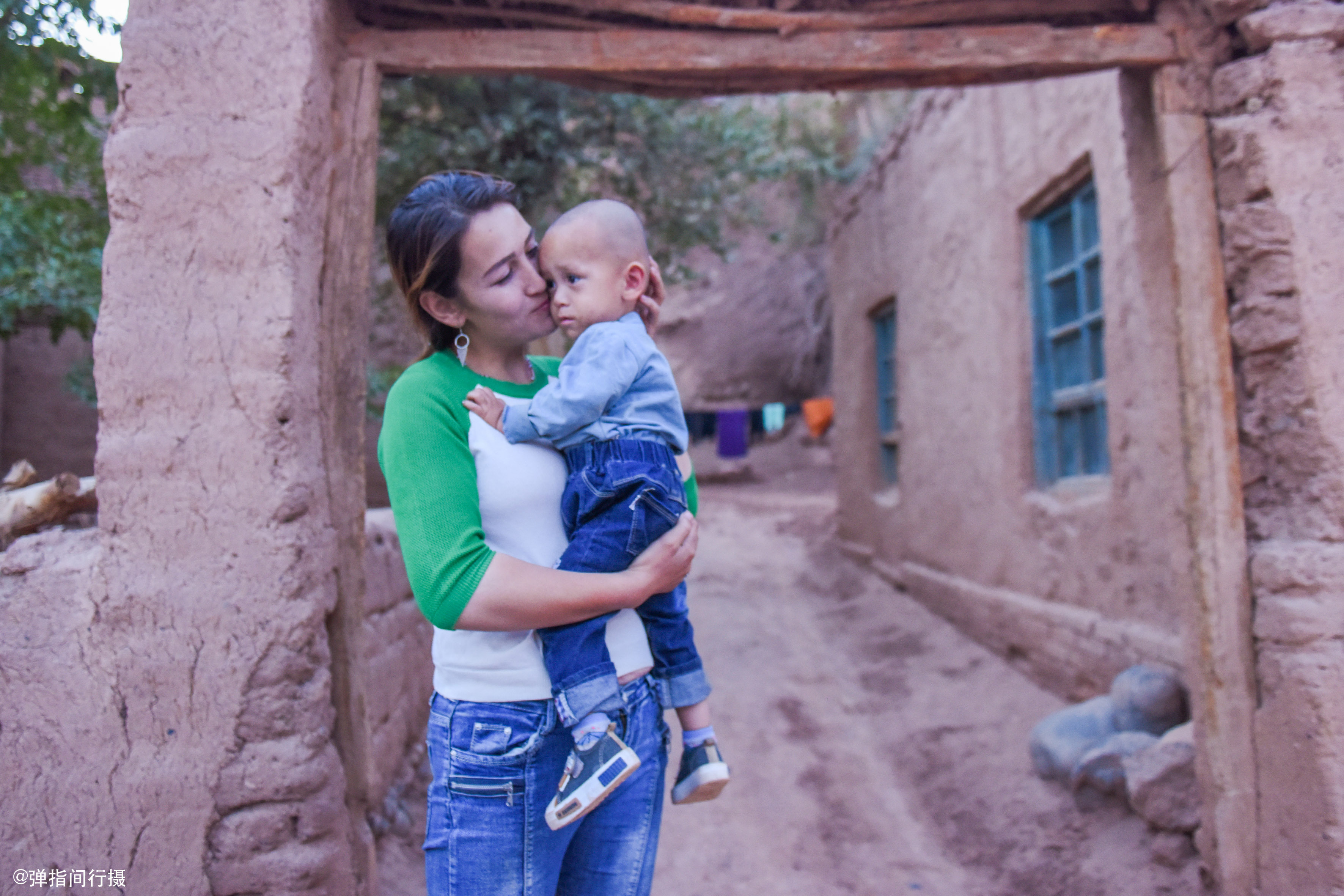 新疆治安到底有多好?最古老的維吾爾族村落,如今依舊夜不閉戶