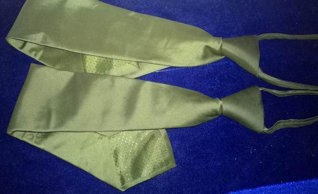 用鞋刷子清洁07式领带容易起毛要勤洗、注意下巴位置、多穿迷彩