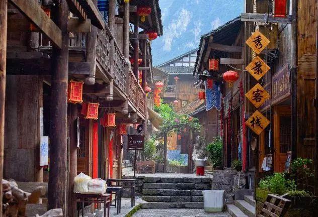 一生得去的五个中国最美古镇,一个个都如仙境,你都去过吗