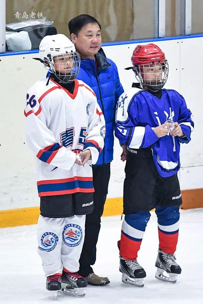 冰上运动突飞猛进!全国青少年U10组冰球锦标赛深受岛城市民追捧