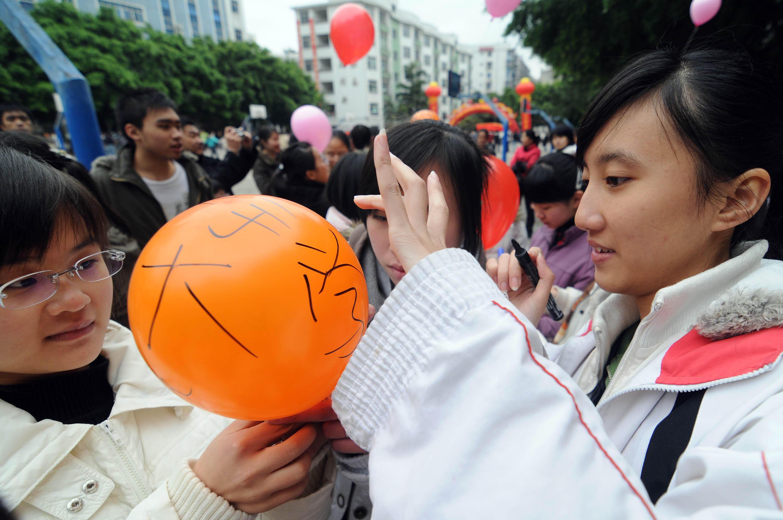 我國這3個省份高考最難,一分擠掉上千人?網友:還是北京好