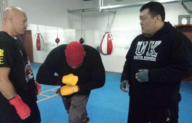 中国泰森张君龙承载亚洲拳击希望,或代表黄种人改写重量级历史