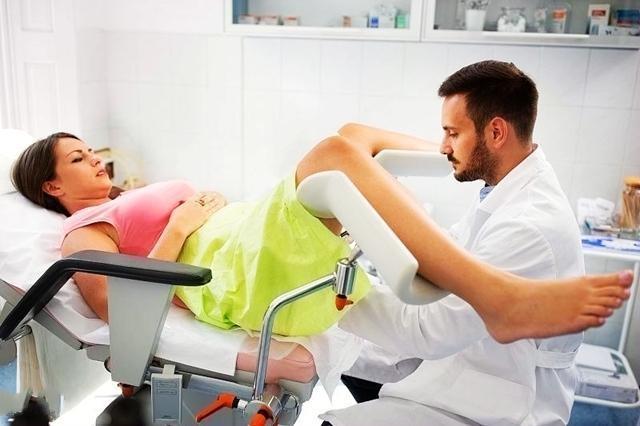 顺产的时候,私处都会有不同程度的损伤,有的是在分娩的时候出现撕裂的