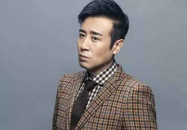 中国电影男明星_1974年4月3日出生于北京,中国内地影视男演员,电影导演,毕业于北京