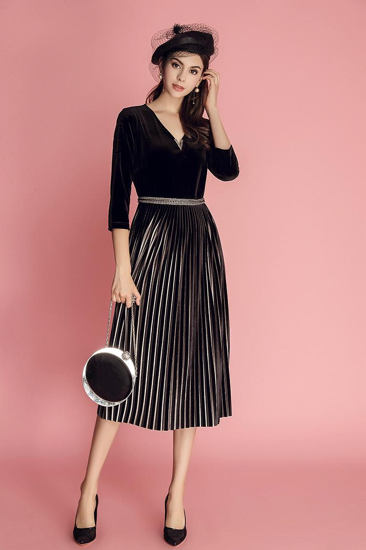 """女人到了40岁,这""""3种""""裙子要少穿,难看又掉价,很多人都中!"""