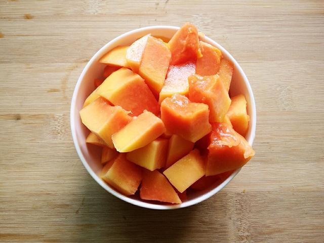 营养师:女孩吃木瓜真的不能丰胸,不过木瓜对肝脏健康有好处