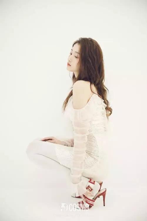 鹿晗送给关晓彤的生日礼物是一个新的造型师吗?