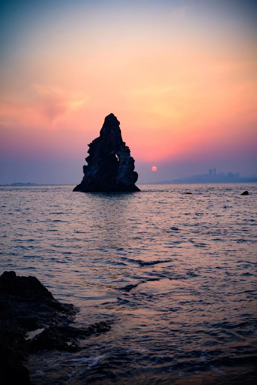 落日熔金,夕阳如丹,青岛这7处晚霞观赏地,美得让人沉醉……
