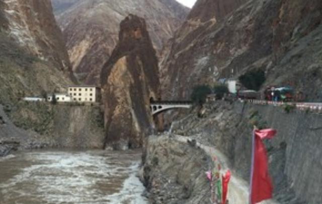 我國有一座大橋禁止拍照,還被中國官兵365天把守,什么情況?