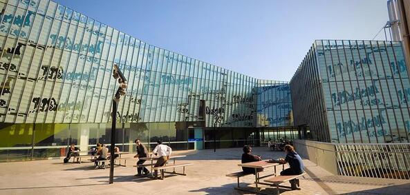 墨尔本维多利亚大学成为澳大利亚获得DaVinci Resolve培训认证